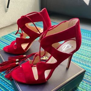 Red Vince Camuto Signature size 8